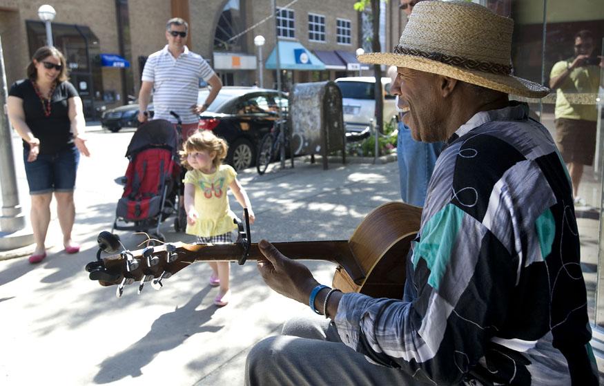 Street blues musician