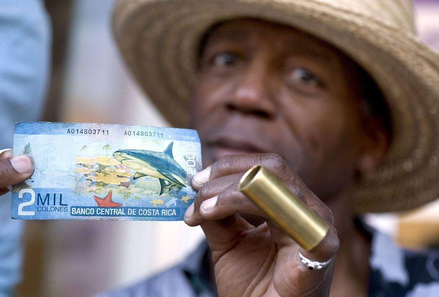 Costa Rican money for Blues